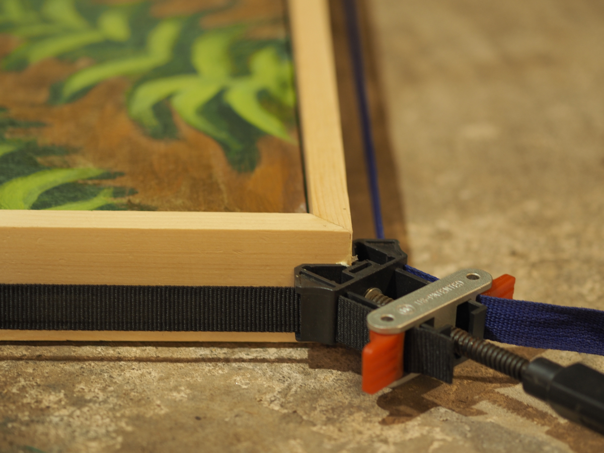 Gluing the corners